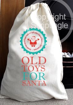 Old Toys christmas collection sack for Santa - Clear some space for all those new toys! by Scriptingle on Etsy https://www.etsy.com/listing/168807524/old-toys-christmas-collection-sack-for
