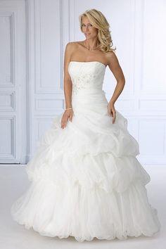 Trés Chic trouwjurk SN4103 white wedding dress witte trouwjurken trouwjurk bruidsjurk bruidsjurken www.weddingwonderland.nl