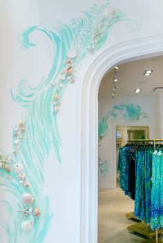 Calm and Elegant Gray and Beige Bedroom Decorations Ideas Hand painted wall detail at our newest Lilly Pulitzer store at Coconut Point in Estero, FL.Hand painted wall detail at our newest Lilly Pulitzer store at Coconut Point in Estero, FL.