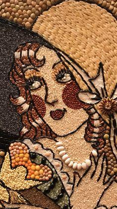 Pumpkin Seed Crafts, Pista Shell Crafts, Coffee Bean Art, Seed Art, Mother Art, Mosaic Artwork, Art Africain, Cool Art Projects, Stone Crafts
