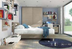 Gyerekszobai ágy polcokkal és éjjeliszekrénnyel