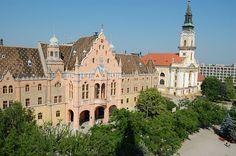 Het Art Nouveau gemeentehuis van Kecskemét in Hongarije. Architect Ödön Lechner bouwde dit in 1893. Hij was een Hongaarse architect met als bijnaam 'De Hongaarse Gaudi'.
