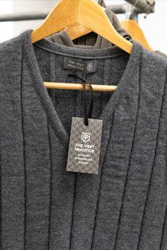 Sweater Vest Outfit, Vest Outfits, Knit Vest, Tweed Pants, Vest Pattern, My Eyes, Vests, Knitting, Sweaters