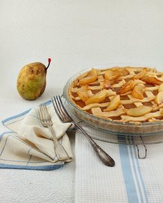 When bounteous autumn rears her head, he joys to pull the ripened pear. – John Dryden Pear season arrives and with it a wonderful Pear Jam Tart topped with buttery caramelized pears
