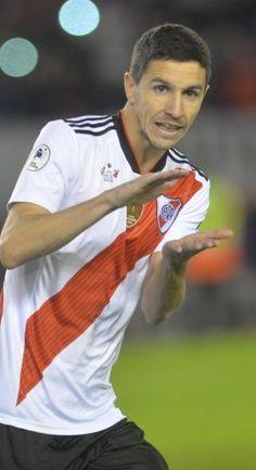 Escudo River Plate, Nacho Fernandez, Cristiano Ronaldo Cr7, Neymar Jr, Carp, Football, Random, Instagram, Kakashi Drawing