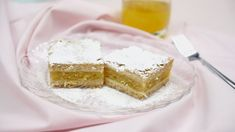 """This is """"Křehký jablkový koláč"""" by Toprecepty on Vimeo, the home for high quality videos and the people who love them. Vanilla Cake, Cake Recipes, Cooking, Food, Erika, Treats, Sweet, Kitchen, Sweet Like Candy"""