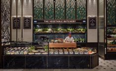 Harrods Fresh Market Hall is the second historic food hall designed by David Collins Studio at The Knightsbridge department store. David Collins, Cafe Restaurant, Restaurant Design, Harrods, Market Hall, Art Nouveau, Charlevoix, Luxury Food, Fresh Market
