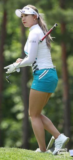 Girl Golf Outfit, Cute Golf Outfit, Girls Golf, Ladies Golf, Stunning Women, Beautiful Asian Women, Golf Fashion, Sport Fashion, South Korean Women