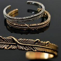 Mens Bendable Leaf Engraved Bangle Bracelet By Guylook.com
