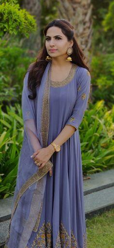 Kurti Styles, Indian Gowns Dresses, Sari, Asian, Suits, Saree, Outfits, Asian Cat, Suit