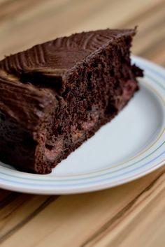 Schoko-Kirschkuchen - saftig-schokoladig, vegan und fettarm