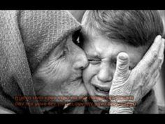 mother and son crying Mothers Love For Her Son, Mother And Child, Syrian Children, Eat Together, Greek Music, Touching Stories, We Are The World, Inspirational Videos, Christian Music