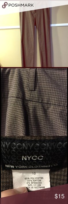 New York & Co. pants Camel color houndstooth print. Modern fit New York & Company Pants Trousers