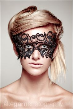 Love this mask.I'm wanting to black and silver this would look amazing!