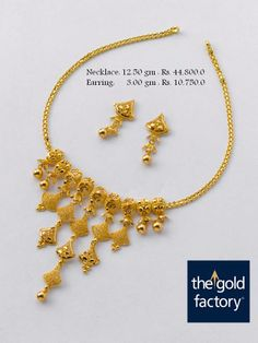 Necklace & Earrings 1