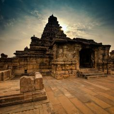 Pattadakal is a village in Karnataka, India. It is well known for its historic temple. Indian Temple Architecture, Ancient Architecture, Beautiful Architecture, History Of India, Ancient History, Holiday Destinations, Travel Destinations, Where The Sun Rises, Hampi