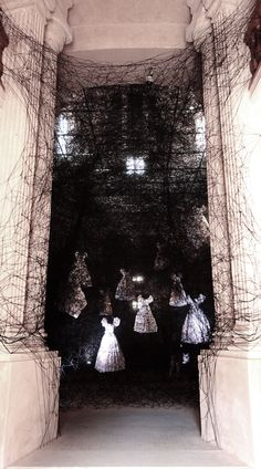Chiharu Shiota More pictures on http://www.coalshade.com/