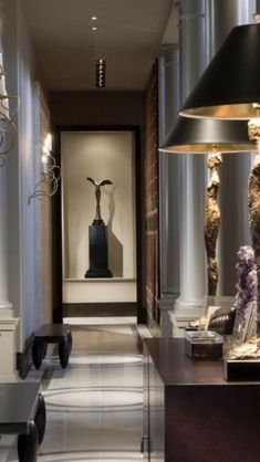 67 Ideas Home Decoration Hall Inspiration Classic Interior, Modern Interior Design, Luxury Interior, Foyer Decorating, Interior Decorating, Interior Exterior, Interior Architecture, Lobby Interior, Beautiful Interiors