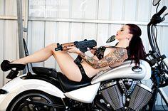 Sexy badass tattoo woman on bike with gun Guns Dont Kill People, Guns And Roses, Badass Tattoos, 2 Girl, Cool Trucks, Beautiful Images, Bike, Lady, Badass Women