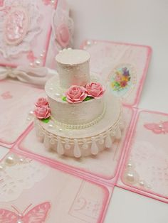 Shabby Chic Wedding Cake Exploding Box Card