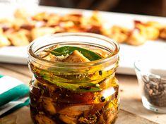 Recetas   Food Network Tostadas, Chefs, Food Network Recipes, Pickles, Cucumber, Discovery, Cooking, Restaurants, Kitchens