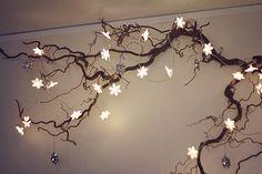 Christmas Table Decorations, Light Decorations, Holiday Decor, Diy Home Crafts, Diy Home Decor, Branch Art, Bedroom Decor, Wall Decor, Massage Room