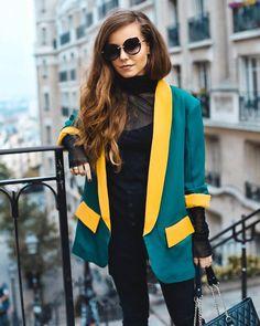 Montmartre Bomber Jacket, Blazer, Jackets, Travel, Women, Fashion, Down Jackets, Moda, Viajes
