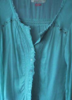 Kup mój przedmiot na #vintedpl http://www.vinted.pl/damska-odziez/bluzki-z-dlugimi-rekawami/12997862-turkusowamietowa-bluzkakoszula-bershka-s
