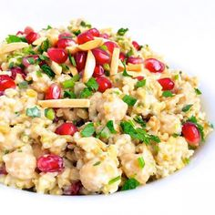 Freekeh Recipe: Tahini, Chickpeas, and Pomegranate - Fitnessmagazine.com