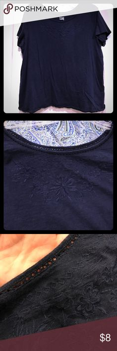 Basic Editions navy top Beautiful etching around neck and pretty embroidered flowers. Hard to photograph. Goes great with Talbots capris. Also in my closet for sale❤ Basic Editions Tops Tees - Short Sleeve