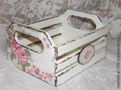 Decoupage y Decapé Shabby Chic Boxes, Shabby Chic Crafts, Shabby Chic Decor, Decoupage Art, Decoupage Vintage, Shabby Vintage, Wooden Crates, Wooden Boxes, Wood Craft Patterns