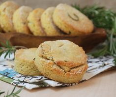 almond_biscuits