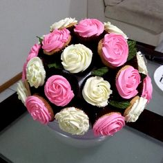 flower pot cupcake bouquet | Cupcake Flower Bouquet - A perfect gift for Mother's Day Cute Cupcake ...