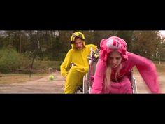 """""""Umshini Wam"""" Die Antwoord Harmony Korine HD    Directed by Harmony Korine, 2011. Starring Ninja and Yo Landi, Die Antwoord. Gangsta Gangsta."""