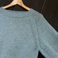 Ingen dikkedarer-genser med litt dikkedarer #ingendikkedarersweater #ingendikkedarergenser #egostrikk #picklespurewool #fjelltopp Macrame, Knit Crochet, Pullover, Knitting, Sweaters, Fashion, Moda, Tricot, Fashion Styles