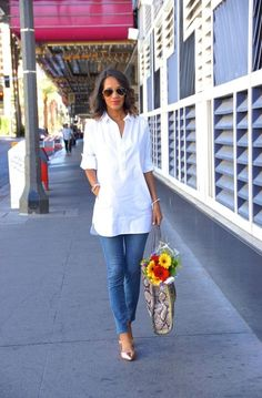I am here with yet another exciting post of Ways To Wear Slim Jeans (Outfit Ideas). White Shirt Outfits, Jean Outfits, Fall Outfits, Casual Outfits, Summer Outfits, White Shirts, Street Style 2017, 60 Fashion, Fashion Outfits