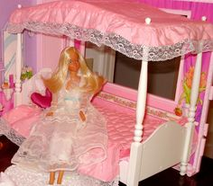 Barbie Dream Bed by Barbie Creations, via Flickr. Could have used this also