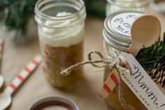 Maurine Dashney | A Mostly-Baking Lifestyle Blog: Mason Jar Mini Cakes + A Paper Crafts Giveaway!