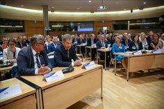 Ulkoministeri Timo Soini ja presidentti Sauli Niinistö suurlähettiläskokouksessa. Kuva: Matti Porre/Tasavallan presidentin kanslia