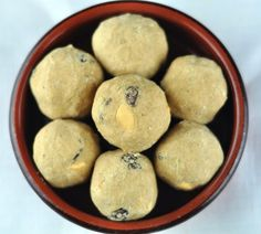Wheat flour laddu (atta ladoo) is an easy and simple sweet recipe with wheat flour, ghee, and cardamom. These laddoos stay good for up to a week. Easy Ladoo Recipe, Laddoo Recipe, Peda Recipe, Sabzi Recipe, Indian Desserts, Indian Sweets, Indian Snacks, Indian Dishes, Savory Snacks