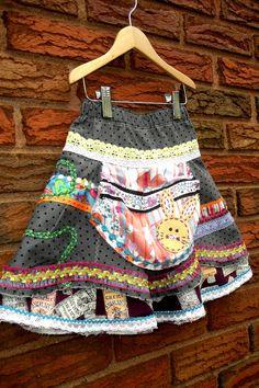 SALE.....Apple Pickin' Pocket Skirt.... $45.00, via Etsy.