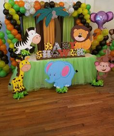 53 Trendy Baby Shower Ideas For Boys Jungle Safari Themed Birthday Parties Safari Party, Safari Theme Birthday, Animal Birthday, Birthday Party Themes, Party Animals, Animal Party, Deco Jungle, Jungle Safari, Lion King Baby Shower