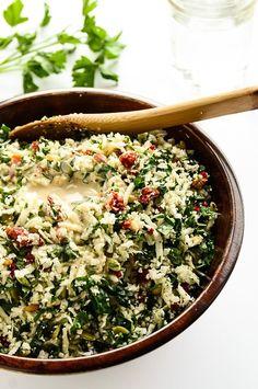 Revitalizing & Raw Cauliflower-Tomato Detox Salad | This vegan, gluten-free salad is home to detoxifying foods like cauliflower, lemon, tahini, + kale!