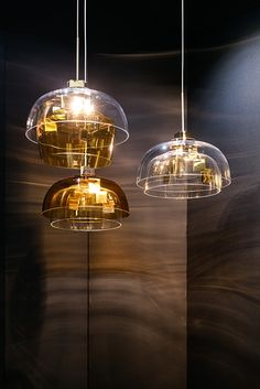 Design of Ludwig collection is striving to establish balance between past and future. The bygone romantic era with its neoclassical proportions is reinterpreted with essentially slick, streamlined forms. While the contours remain loyal to their neoclassical style chandelier references, the use of industrial glass tubes imbues this family of spectacular lights with an airy and strikingly modern elegance.