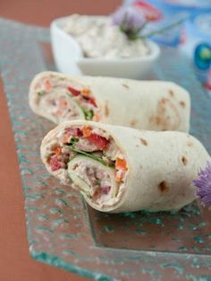 Thunfisch Wrap - Food and drink - Wrap Healthy Dinner Recipes, Vegetarian Recipes, Snack Recipes, Snacks, Vegetarian Fajitas, Tuna Wrap, Fajita Recipe, Comfort Food, Wrap Sandwiches