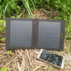 PowerGreen Carabiner Design Solar Charger, 7 Watts Mini Solar Panel, Folding Solar Power Bag Mobile Phone Power Bank for Xiaomi