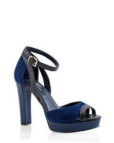 The perfect platform heels mixing textures and colors