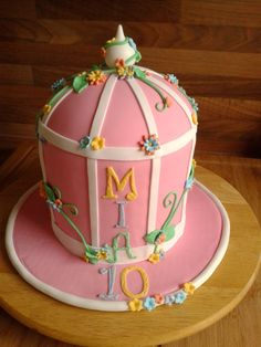 Geburtstag-Kinder » Käfig mit Blumen Torte