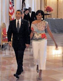 The First Lady is always in fashion. Great style.  #casualelegance #sophisticated #obama #fashion #ZeroInch