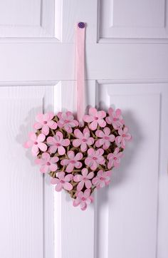 Paper flower wicker heart from Simply Homemade issue 27!